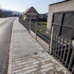 Podporený projekt výstavby chodníkov pre peších v Belej - Nižných Kamencoch