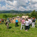 Redikanie pod Borovú ako podujatie bolo pripravené spoločne s miestnymi komunitami v Dolnej Tižine, najmä vďaka obetavej a dobrovoľníckej práci viacerých jednotlivcov, organizácií a inštitúcií.